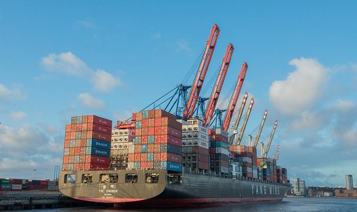 Xuất khẩu chính ngạch có quy mô lớn và có sự tác động của nhiều bên
