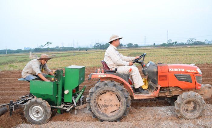Nên nhập máy nông nghiệp Trung Quốc tận nơi